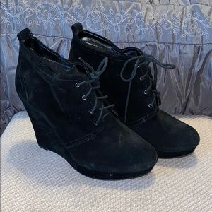 Black Jessica Simpson Laced Wedges